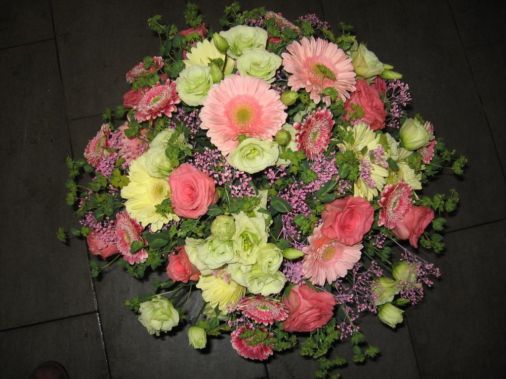 Blumen Angie 1090 Wien Hochzeitsblumen Dekoration Tischblumen